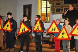 Uwaga! Chrzest!  /fot.: zb /