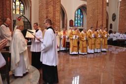 błogosławieństwo biskupie  /fot.: mt /