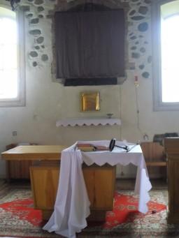Obnażony Ołtarz i puste tabernakulum w Sądowie  /fot.: xmm /