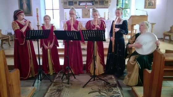 Flauto Dolce Drezdenko występ w k. pw. Chrystusa Króla w Dolicach