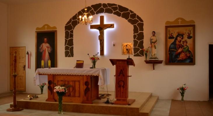 Poświęcenie  wyremontowanej Kaplicy pw. św. Józefa w Ziemomyślu A